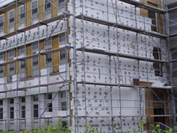 Úrok pod procento. Ministerstvo vymýšlí rozjezd dotací na zateplování paneláků