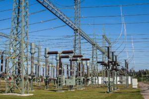 Dodavatelé elektřiny končí, jiní jedou na hraně. Nesvědčí jim dravý trh